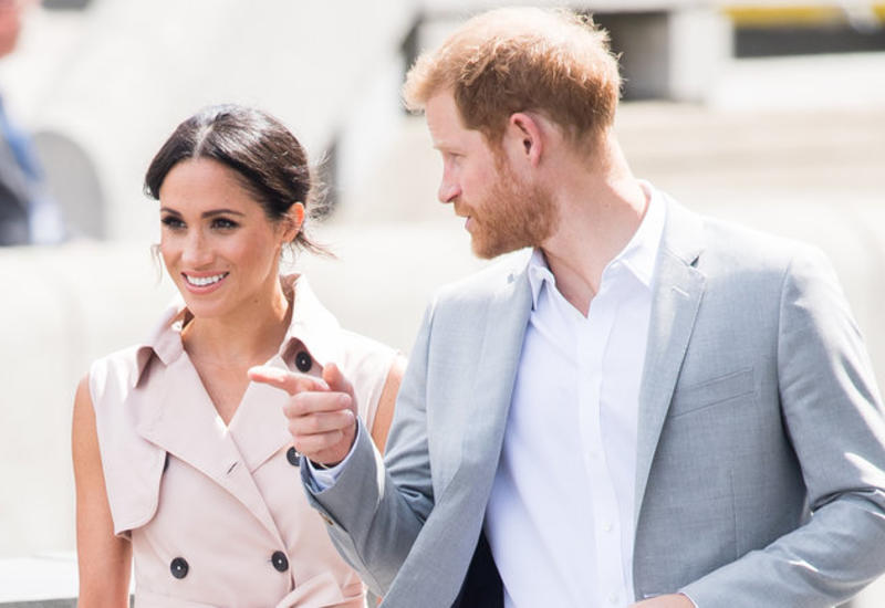 """Меган Маркл и принц Гарри посетили открытие выставки в Лондоне <span class=""""color_red"""">- ФОТО</span>"""