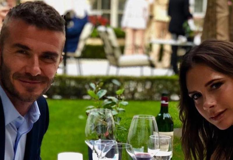 """Как Дэвид и Виктория Бекхэм с детьми отдыхают в Монтенегро <span class=""""color_red"""">- ФОТО</span>"""