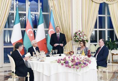 """От имени Президента Ильхама Алиева был устроен официальный прием в честь Президента Италии <span class=""""color_red"""">- ФОТО</span>"""