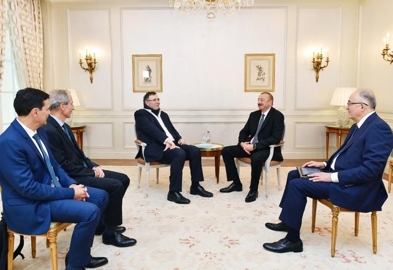 """Президент Ильхам Алиев встретился в Париже с председателем Французского института международных отношений и главой компании TOTAL <span class=""""color_red"""">- ОБНОВЛЕНО - ФОТО</span>"""