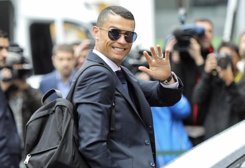 Роналду оставил почти 20 тысяч евро чаевых в греческом отеле