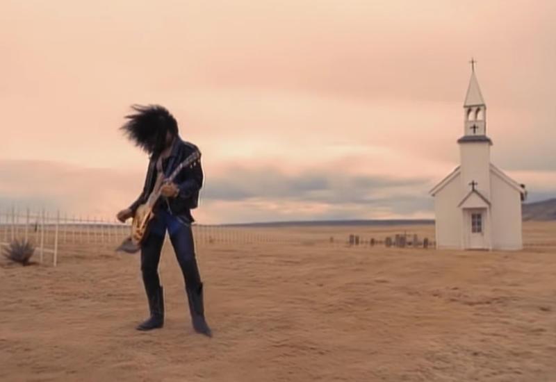 Клип Guns N' Roses побил рекорд, набрав миллиард просмотров на YouTube