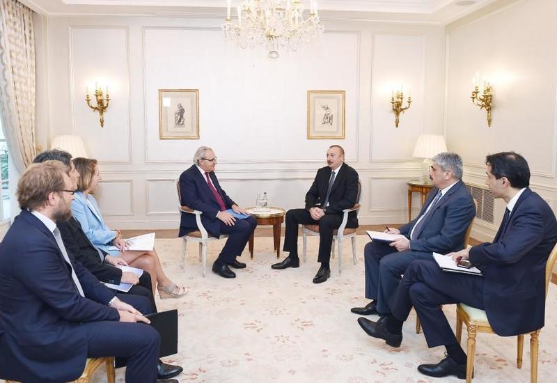 """Президент Ильхам Алиев встретился в Париже с вице-президентом компании """"Airbus"""" и директором группы """"SUEZ"""" <span class=""""color_red"""">- ФОТО</span>"""