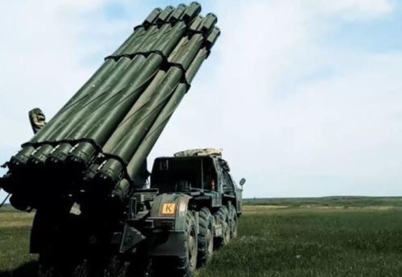 """Реактивная артиллерия """"Смерч"""" в действии <span class=""""color_red"""">- ВИДЕО</span>"""