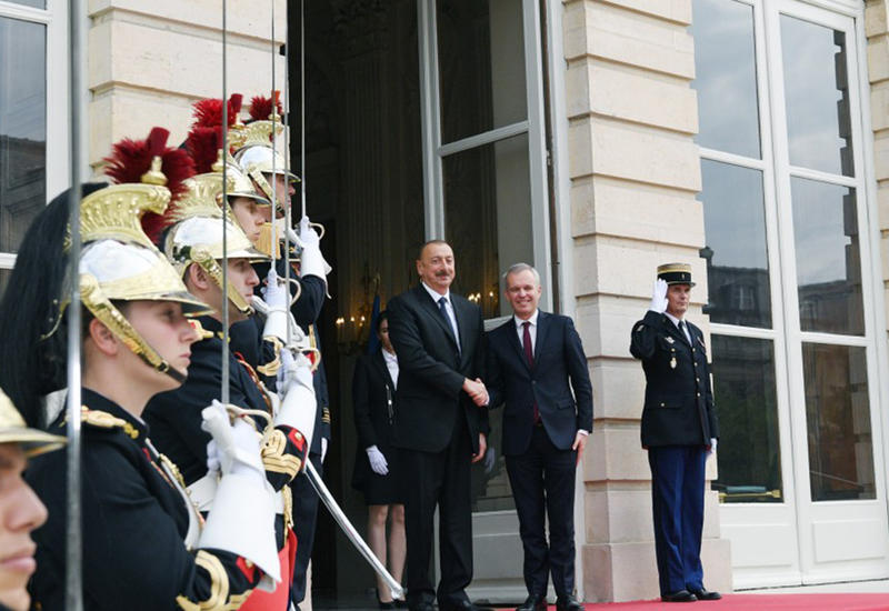 """Президент Ильхам Алиев встретился в Париже с председателем Национальной ассамблеи Франции <span class=""""color_red"""">- ФОТО</span>"""