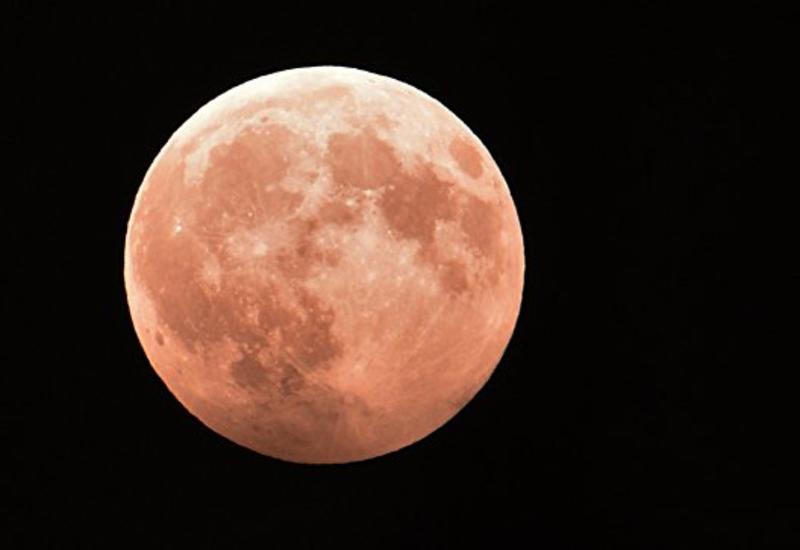 Имитация полета на Луну поможет лечить глаукому