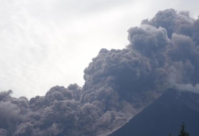 Мощное извержение вулкана в Гватемале унесло сотни жизней