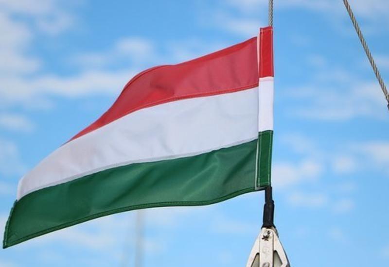 Еврокомиссия решила наказать Венгрию через суд