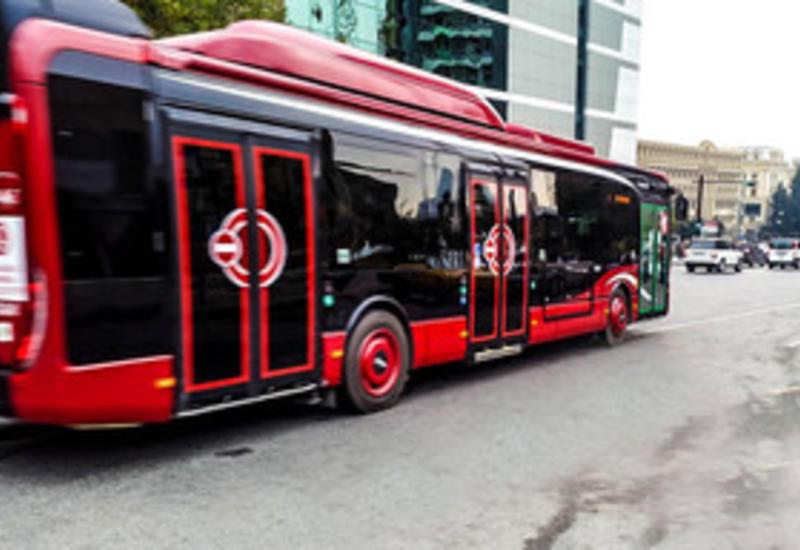 BakuBus прокомментировал задержки в движении автобусов
