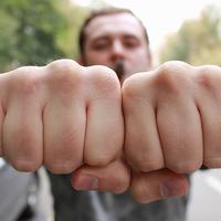 От чего зависит размер кулаков у мужчины