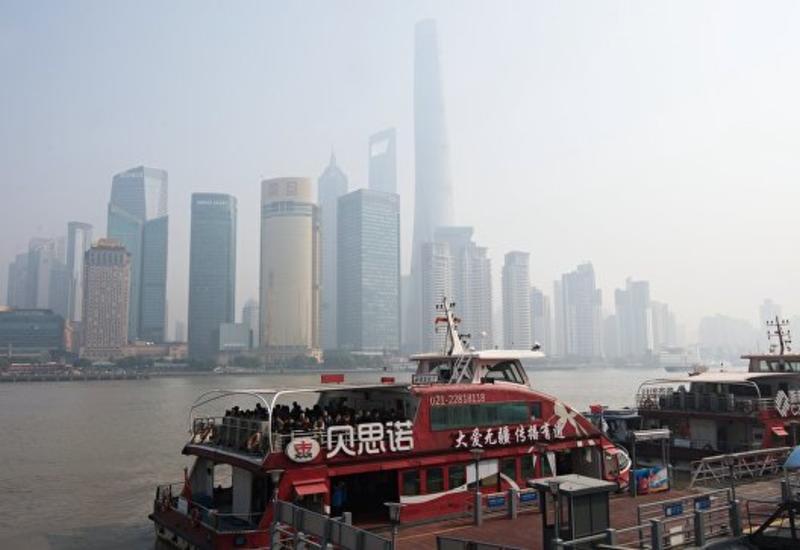 На Шанхай надвигается тайфун: эвакуированы почти 200 тысяч человек