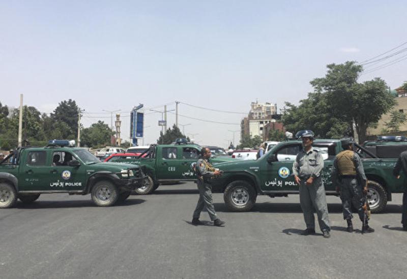 Сильный взрыв в аэропорту Кабула унёс несколько жизней