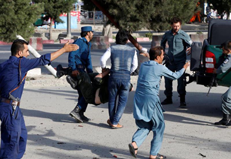 """Ответственность за взрыв у аэропорта в Кабуле взяло на себя """"ИГ"""""""