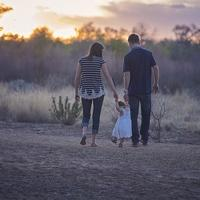 Как родители калечат своих детей: 10 распространенных ошибок в воспитании