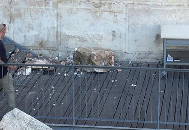 В Израиле камень из Стены Плача обрушился на молящихся женщин