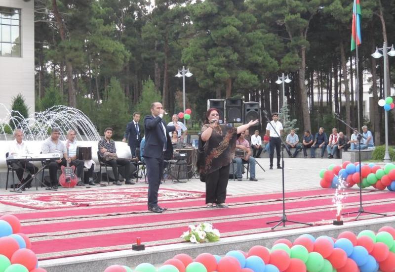 """В Нафталане прошел творческий фестиваль """"Из регионов в регионы"""""""