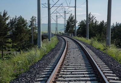 Иран пригласил Азербайджан присоединиться к новой железной дороге