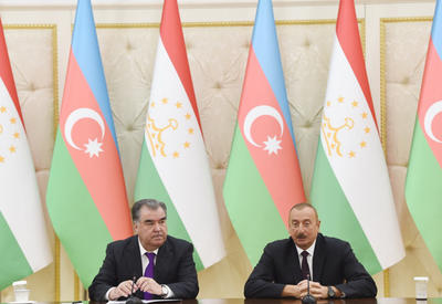 """Президенты Азербайджана и Таджикистана выступили с заявлениями для прессы <span class=""""color_red"""">- ОБНОВЛЕНО - ФОТО</span>"""