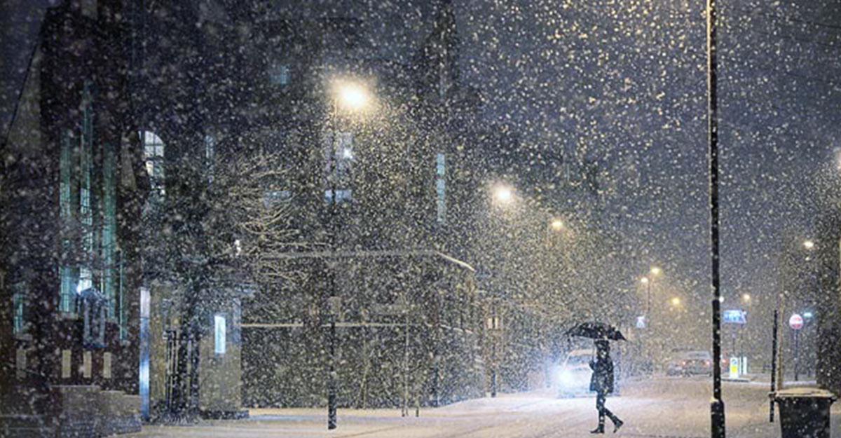 Турцию вразгар сезона завалило снегом