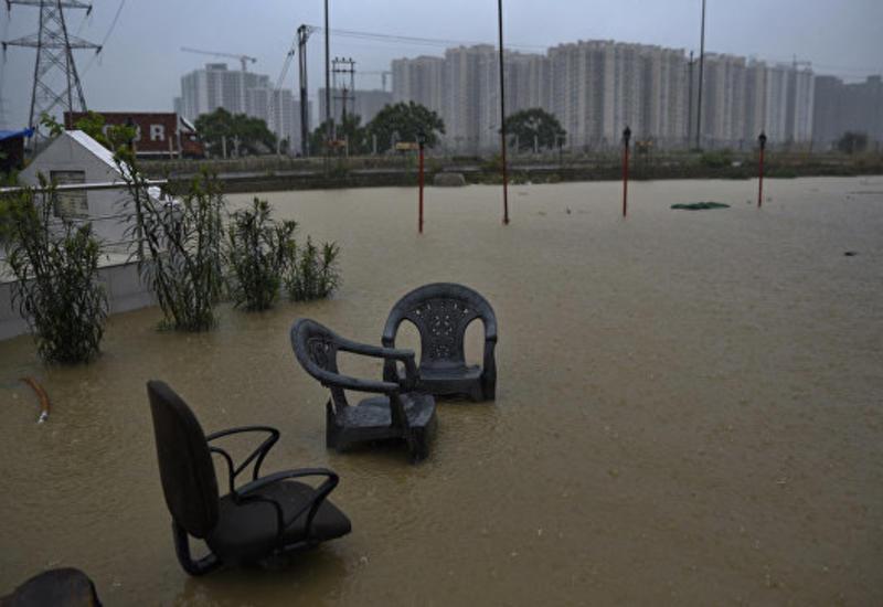 В Индии из-за муссонных дождей погибли более 320 человек