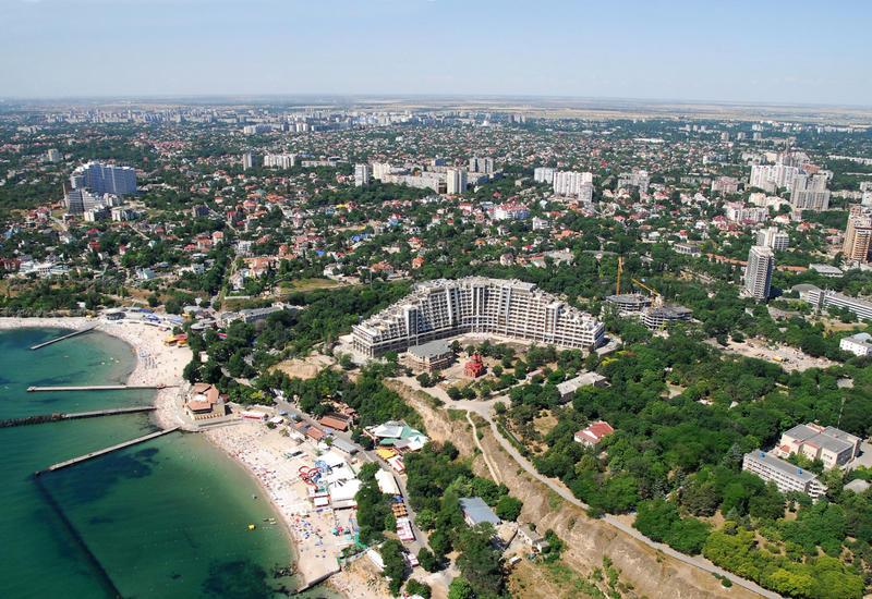 Азербайджан откроет торговые дома в городах Украины