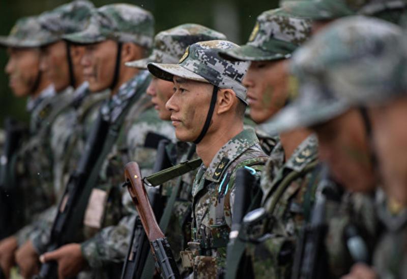 В Пекине назвали абсурдным доклад Пентагона о китайской армии
