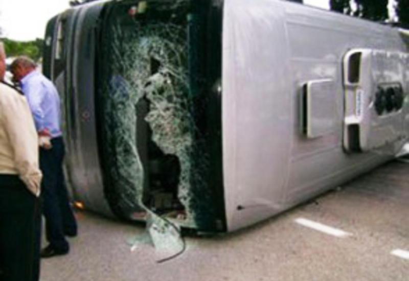 В Польше перевернулся автобус: есть погибшие, десятки пострадавших
