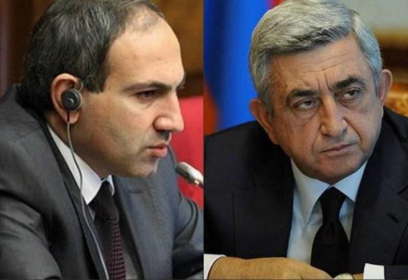 """Как изуродовали армянскую """"революцию"""" <span class=""""color_red""""> - Пашинян доделает то, что не вышло у Саргсяна?</span>"""