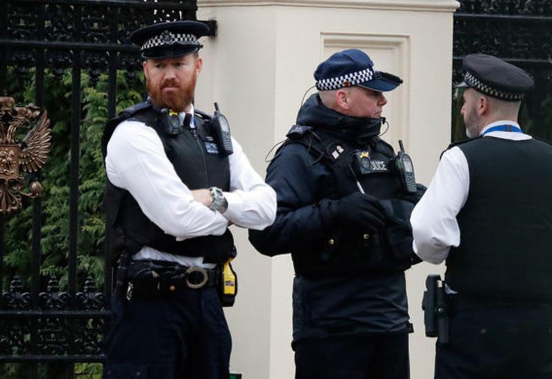 Неизвестный с молотком напал на женщин в Лондоне
