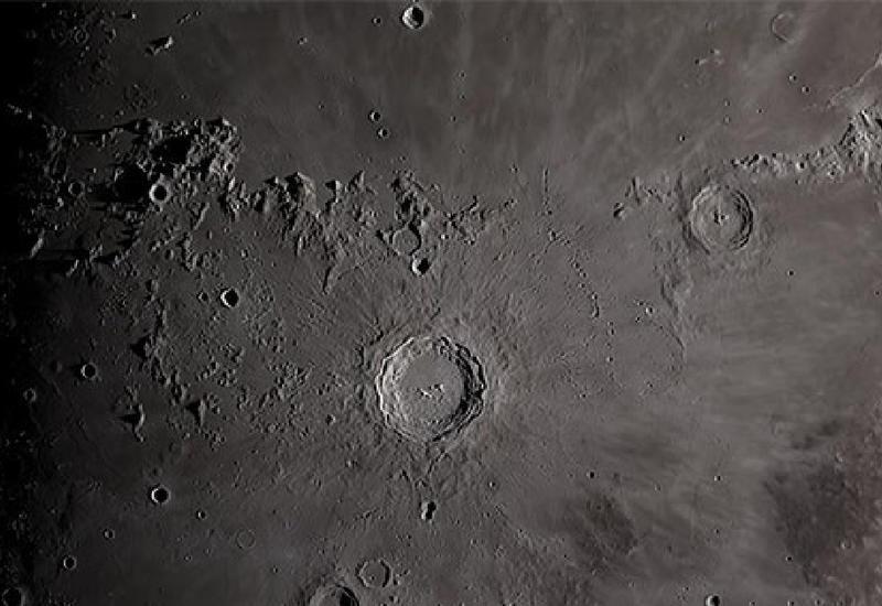 "NASA опубликовало удивительную съемку Луны <span class=""color_red"">- ВИДЕО</span>"