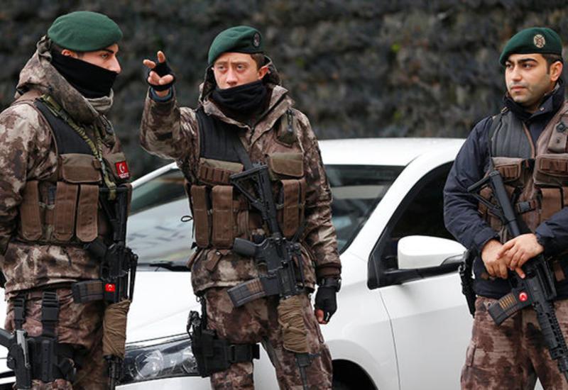"""В Анкаре обстреляли посольство США <span class=""""color_red"""">- ВИДЕО</span>"""