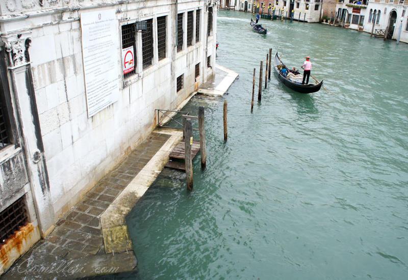 Паводки в Италии, растет число жертв