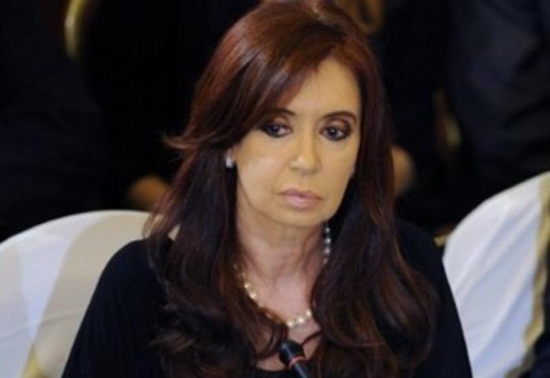 Экс-президент Аргентины Киршнер согласилась на обыски в ее домах