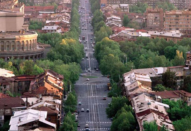 Чтобы стать свободными, армянам придется избавиться от маний и фобий