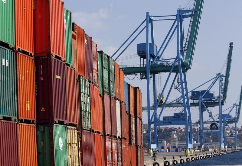 """Азербайджан экспортировал продукции на десятки миллионов посредством """"единого окна"""""""