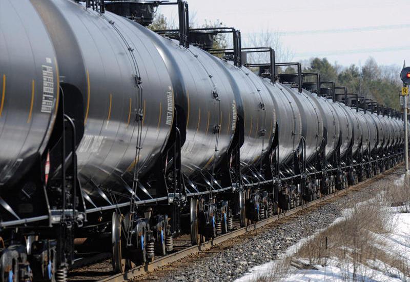 Чехия хочет увеличить импорт нефти из Азербайджана