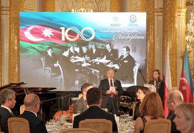 "При организации Фонда Гейдара Алиева в Варшаве отметили 100-летие АДР <span class=""color_red"">- ФОТО</span>"