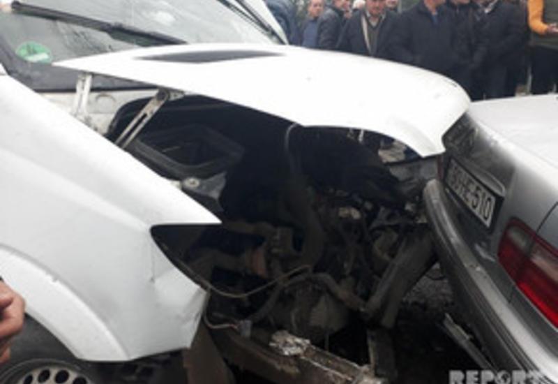 Тяжелое ДТП в Шамахе, есть погибший и раненые