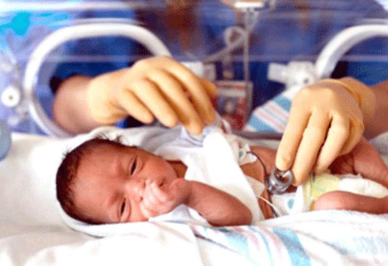 В Баку упрощен процесс госпитализации младенцев и новорожденных