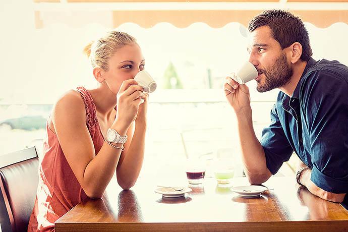 Как привлечь мужчину, не навязываясь: 11 секретов изоражения