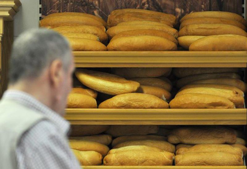 В Азербайджане обнародованы новые правила продажи хлеба из-за пандемии