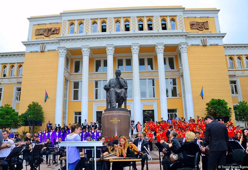 """Праздник национальной музыки в Азербайджане <span class=""""color_red"""">- ФОТО</span>"""