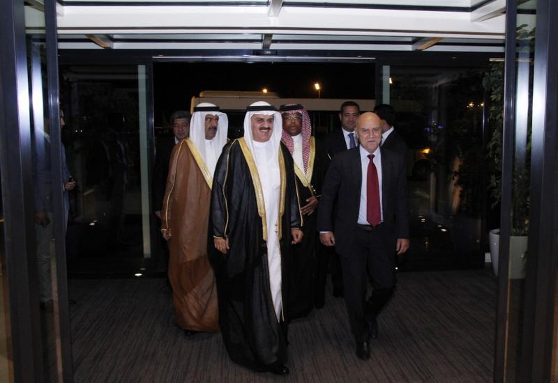 Председатель Совета представителей Бахрейна прибыл с визитом в Азербайджан