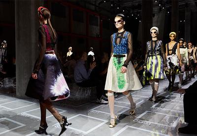 """Каким был показ Prada на Неделе моды в Милане <span class=""""color_red"""">- ФОТО</span>"""