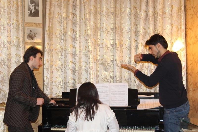 Единственный контртенор страны теперь преподает в Бакинской музыкальной академии