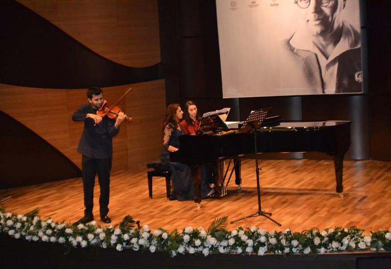 """В Центре мугама состоялся прекрасный концерт камерной музыки <span class=""""color_red"""">- ФОТО</span>"""