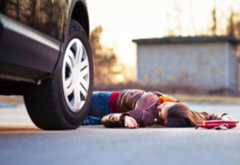 Трагичное ДТП в Сумгайыте: автомобиль насмерть сбил мать двоих детей