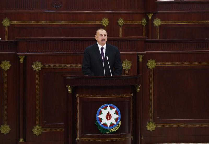 Президент Ильхам Алиев: Мы соединяем нефтепроводами Каспийское море с Черным, Средиземным морями, а Азербайджан - газопроводом с Европой