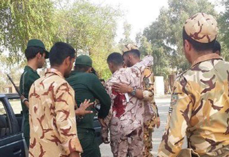 """Теракт на военном параде в Иране, число жертв выросло до 28 человек <span class=""""color_red"""">- ОБНОВЛЕНО - ФОТО - ВИДЕО</span>"""