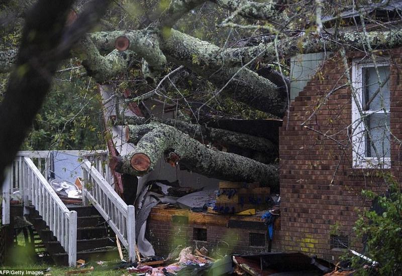 """Число жертв урагана """"Флоренс"""" в США увеличилось до 43"""